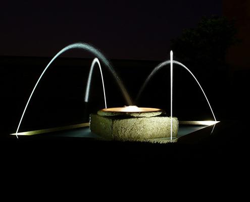 abitazione-privata-giardino-fontana-bn